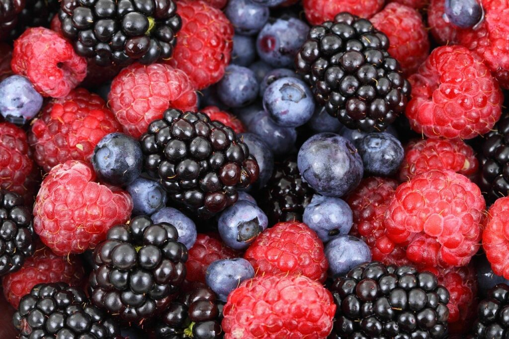 berries, fruits, food